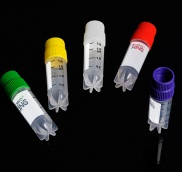 Lọ trữ lạnh, nắp vàng, tiệt trùng, nhựa(25 cái/gói) -196oC, hấp 121oC, Chân sao